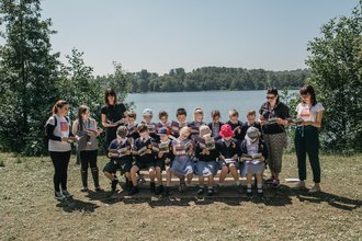 School group reading Story Quest at Westport Lake
