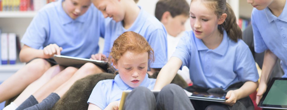 Using technology in the classroom primary pupils girls