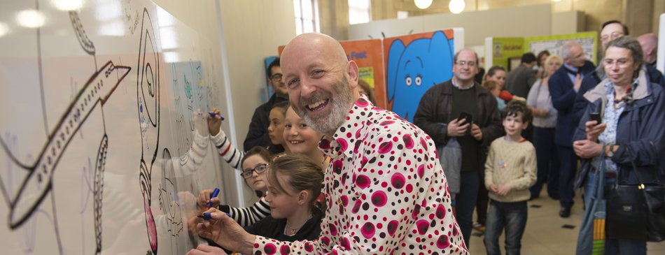 Nick Sharratt drawing on wall